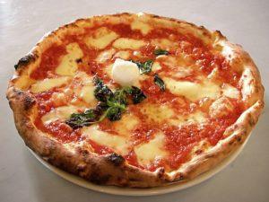 pizza a la pierre refractaire